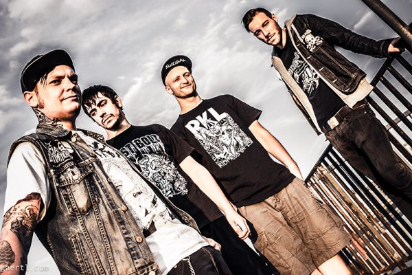 German skate-punk band Straightline drop a new video