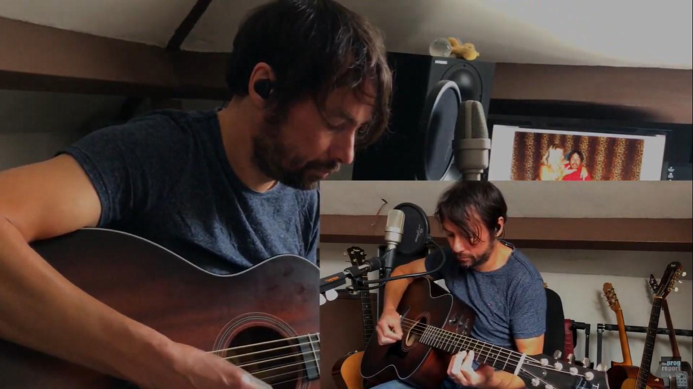 Bruce Soord plays